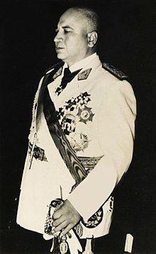 R. Perez Godoy.jpg