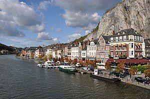 Dinant Meuse R01.jpg