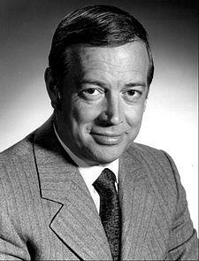 Hugh Downs 1972.JPG