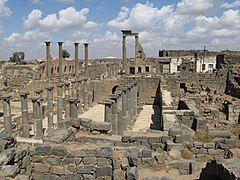 Bosra ruins - panoramio.jpg
