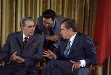 US President Richard Nixon talked with Soviet leader Leonid Brezhnev in 1973.