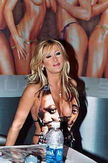 Jill Kelly adjusted.jpg