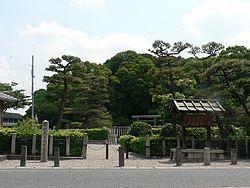 Grave of Emperor Ankan.jpg