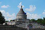 RO VN Marasesti mausoleum 2.jpg