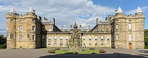 Holyroodhouse, front view.jpg