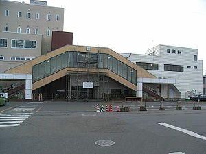 车站北口(2007年1月1日)