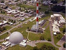 High Flux Beam Reactor - Brookhaven (7494424838).jpg