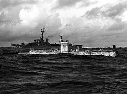 Bathyscaphe Trieste with USS Lewis (DE-535) over the Marianas Trench, 23 January 1960 (NH 96797).jpg