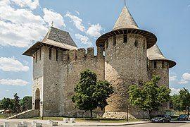Сорокская крепость Cetatea Soroca Soroca Fortress (42928890910).jpg