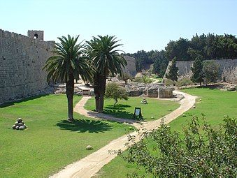 Rhodes Old Town Fortifications 9.JPG