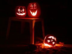Jack-o'-lantern trio.jpg