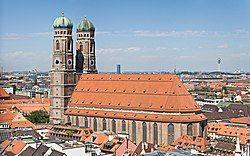 Frauenkirche Munich - View from Peterskirche Tower2.jpg