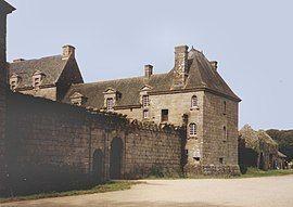 Kergroades chateau.jpg