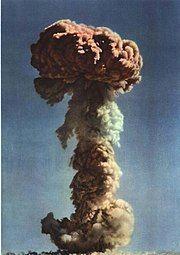1965-01 1964年 首亚原子弹爆炸3.jpg