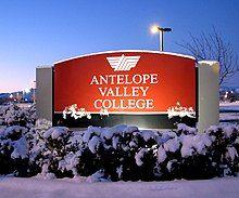 Antelope Valley College (3118577040).jpg