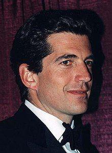 John Kennedy Jr 1999.jpg
