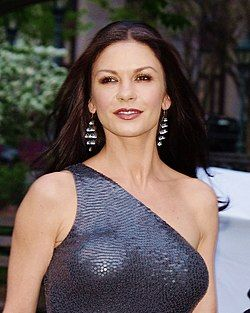 Catherine Zeta-Jones VF 2012 Shankbone 2.jpg