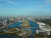 London City Airport Zwart.jpg