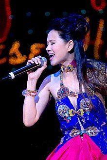 Annie Yi.jpg