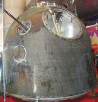 2003年10月,返回地球后的神舟五号返回舱