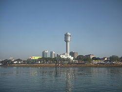 The waterfront of Dar es Salaam.JPG