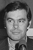 Felipe González 1976 (cropped).jpg