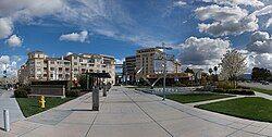 丘珀蒂诺市中心广场(City Center)