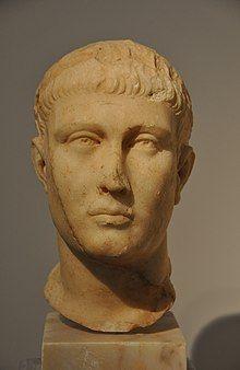 Bust of Theodosius I.jpg