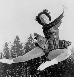 Jeannette Altwegg 1951.jpg