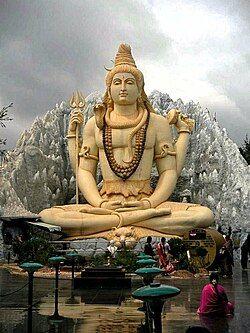 在班加罗尔的巨大湿婆神像