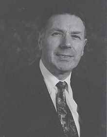Terence Leslie Brian Wade (1930–2005).jpg