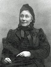 image of elderly woman in Victorian dress