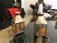 Deux petites lanternes