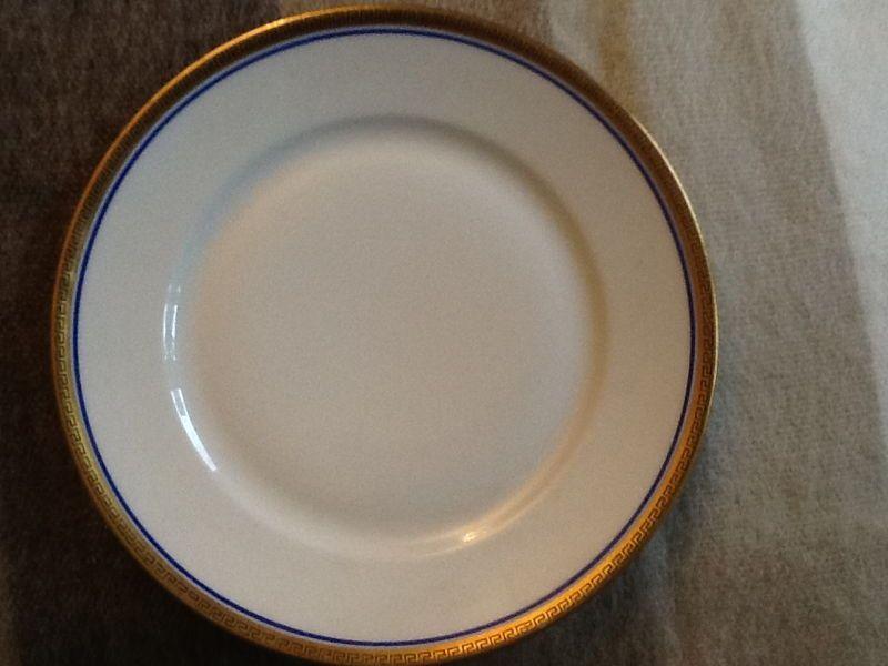 Vends Porcelaine asiettes desert Marseille