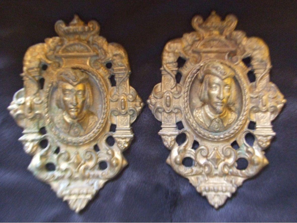 Vends Paire de cache-clou XIXème en bronze