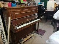 Accordeur Donne piano ancien