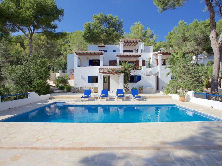 Loue villa avec piscine à Ibiza 12couchages terrain clos 2000m²