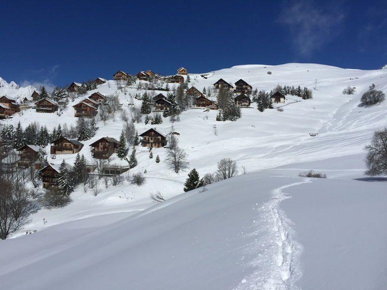 Chalet sur le domaine skiable de l'Alpe d'Huez (12personnes)