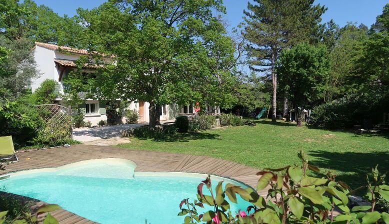 Vends maison 6chambres, 200m²Brignoles/La Celle