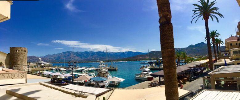 Loue studio à Calvi (Haute Corse) - 2couchages