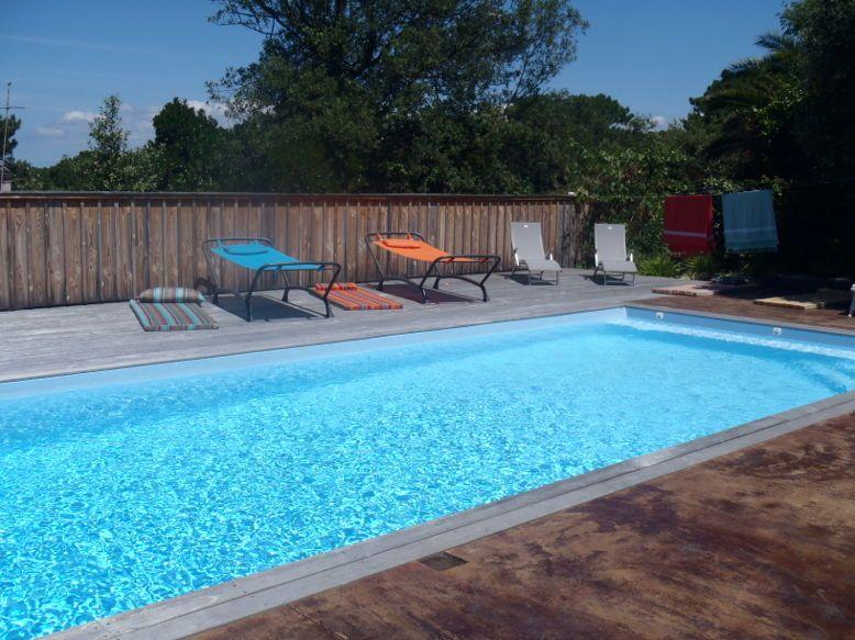 Loue superbe villa 14couchages, plage à pied, piscine chauffée