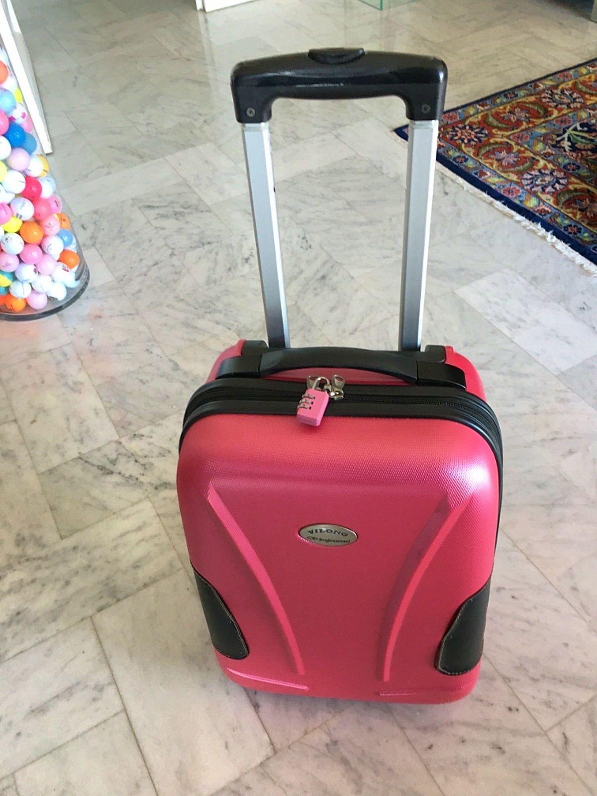 Valise cabine rose fuschia. Etat neuf