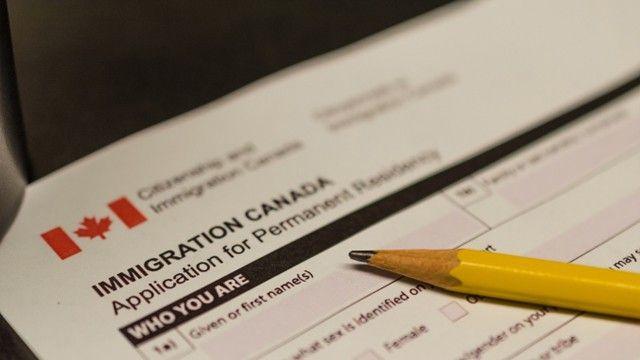 the pr co nhung quyen loi gi feature Permanent Resident ( PR ) Canada là gì ? Khi có thẻ PR thì sẽ được những quyền lợi?