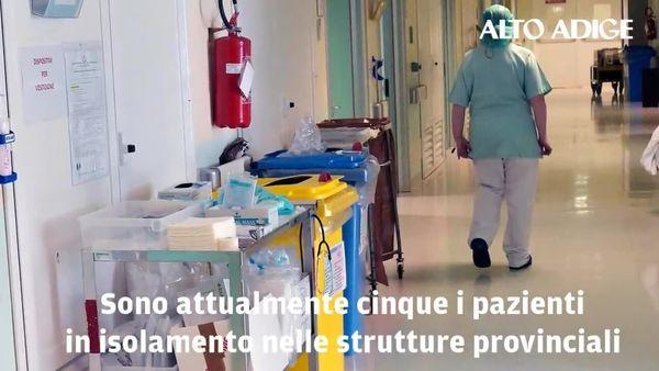 Covid, in Alto Adige tornano a salire i pazienti in terapia intensiva