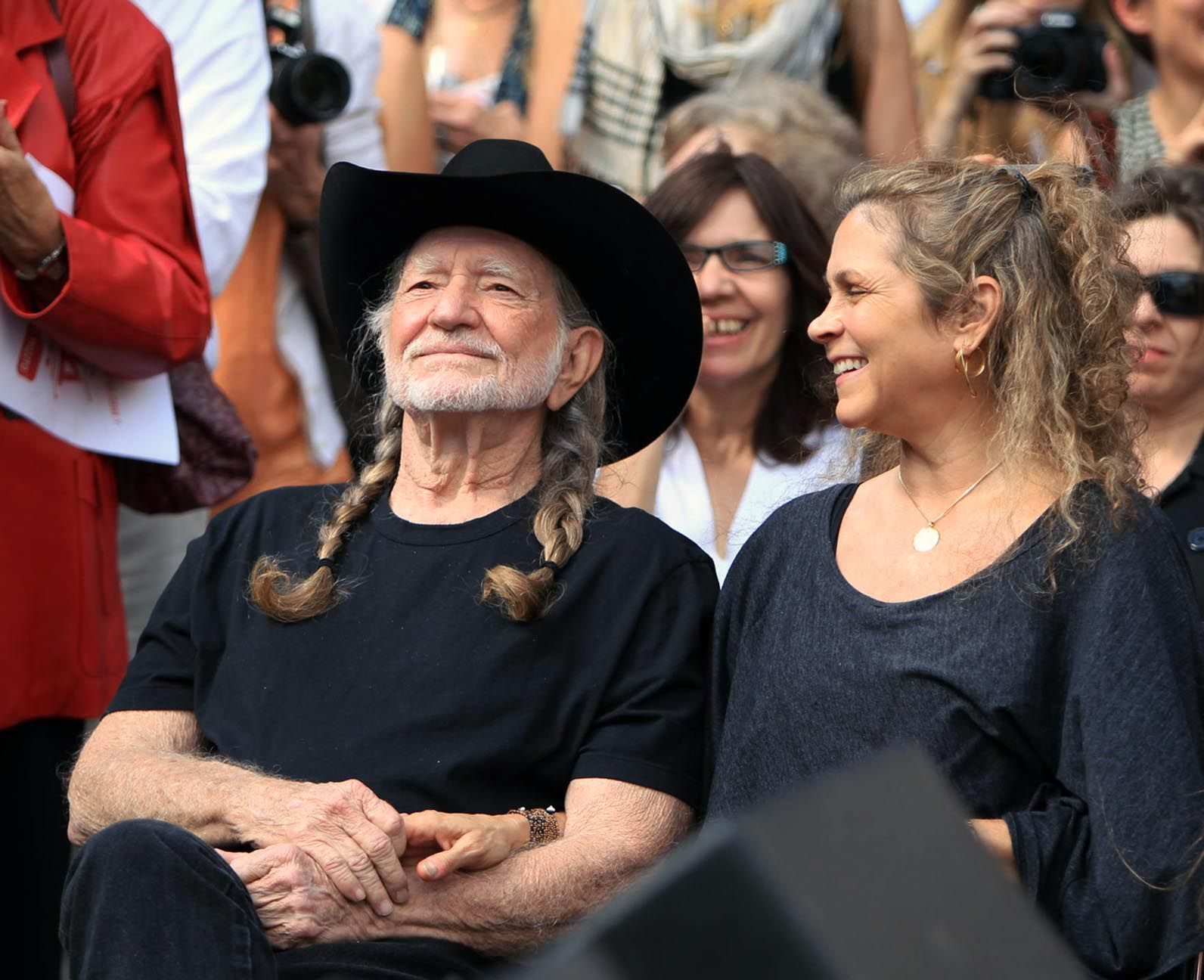 Report: Willie Nelson's wife to join the marijuana industry
