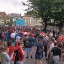 Испровоцираните Делии тепаа Швајцарци во Берн, полицијата пукаше во воздух! (ВИДЕО)