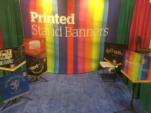 sTAND bANNERS