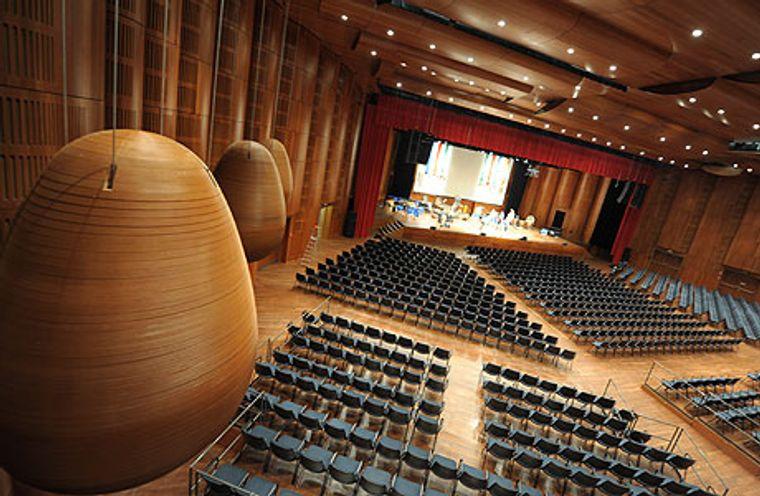 Stravinski Hall