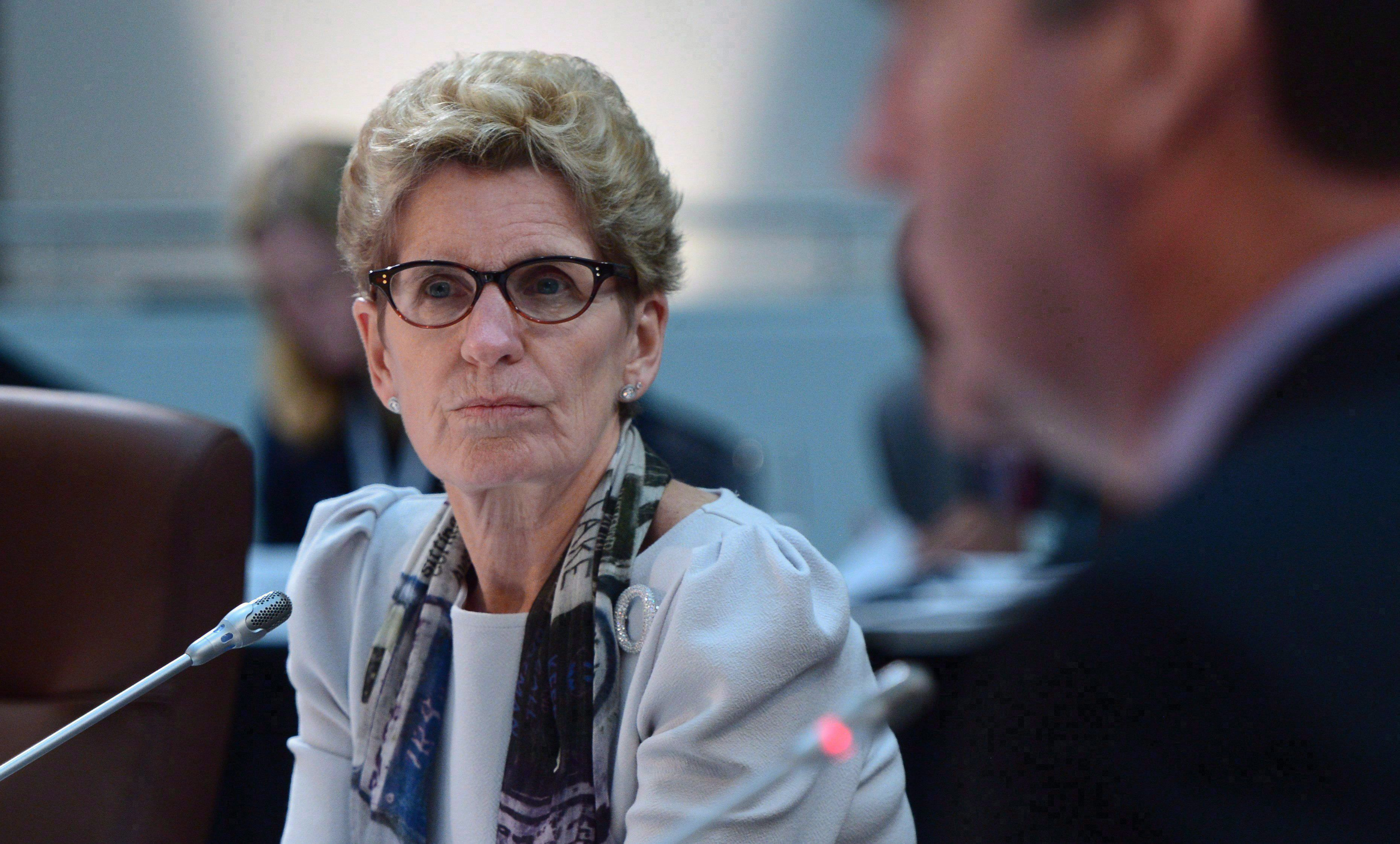 Premier Wynne vows more hydro relief before spring budget - 680 NEWS