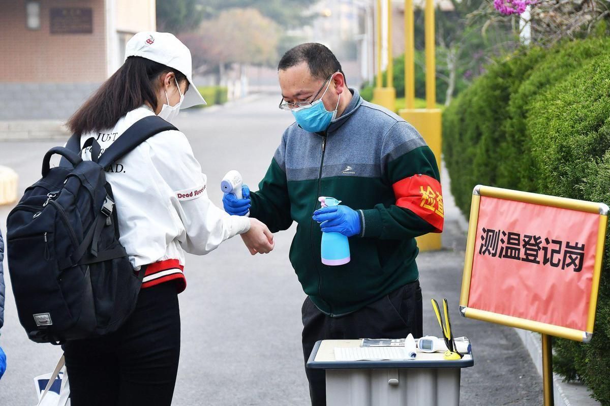 Ricciardi Per riapertura scuole fare come Cina